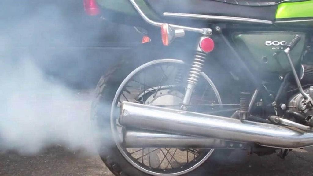 fumaça motos dois tempos